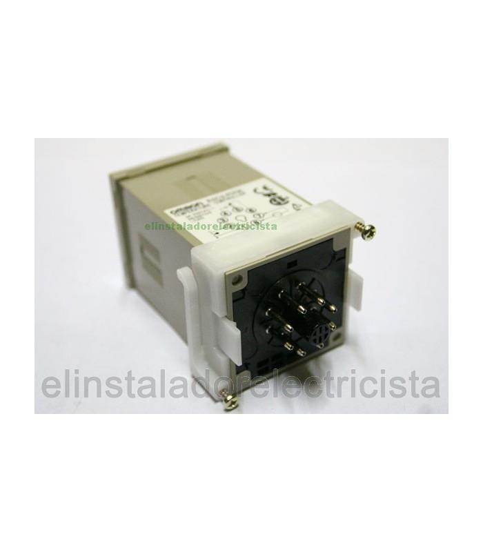 Omron  E5C2-R20P-D 240AC 0-300