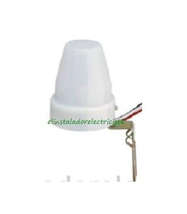 Interruptor Crepuscular 220V 10A c/soporte protección